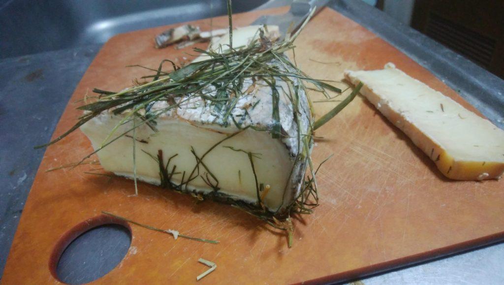おフランスからのお客様から頂いたヤギのチーズ